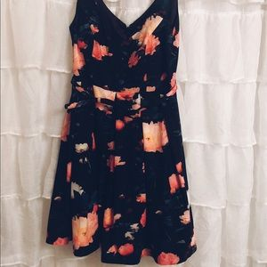 City chic floral cocktail dress